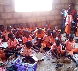 Aus Waisenhaus wird Schule